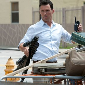 Jeffrey Donovan Puts Us All On Burn Notice