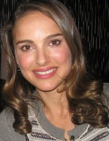 Natalie Portman – Oscar-nominated Actress Launches Into the Making of Film Web Portal Makingof.com