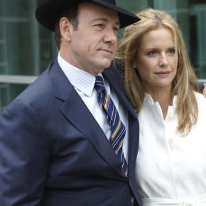 Kevin Spacey – Making a Bet on CasinoJack