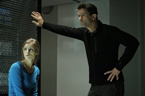 Billy Campbell and Jordan Hayes Take On a Pandemic in Helix