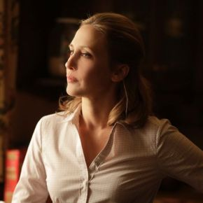 Vera Farmiga and Kerry Ehrin – Checking In To Bates Motel
