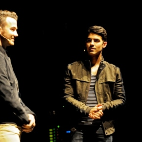 Off the Record with Kevin and Joe Jonas – Keswick Theater – Glenside, PA – June 7, 2014 (A PopEntertainment.com Concert Review)