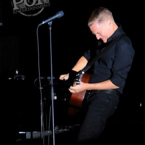Bryan Adams – Tracing the Tracks of HisYears