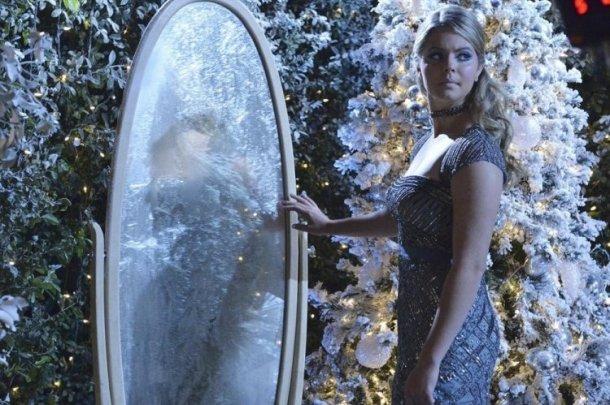 Sasha Pieterse in Pretty Little Liars