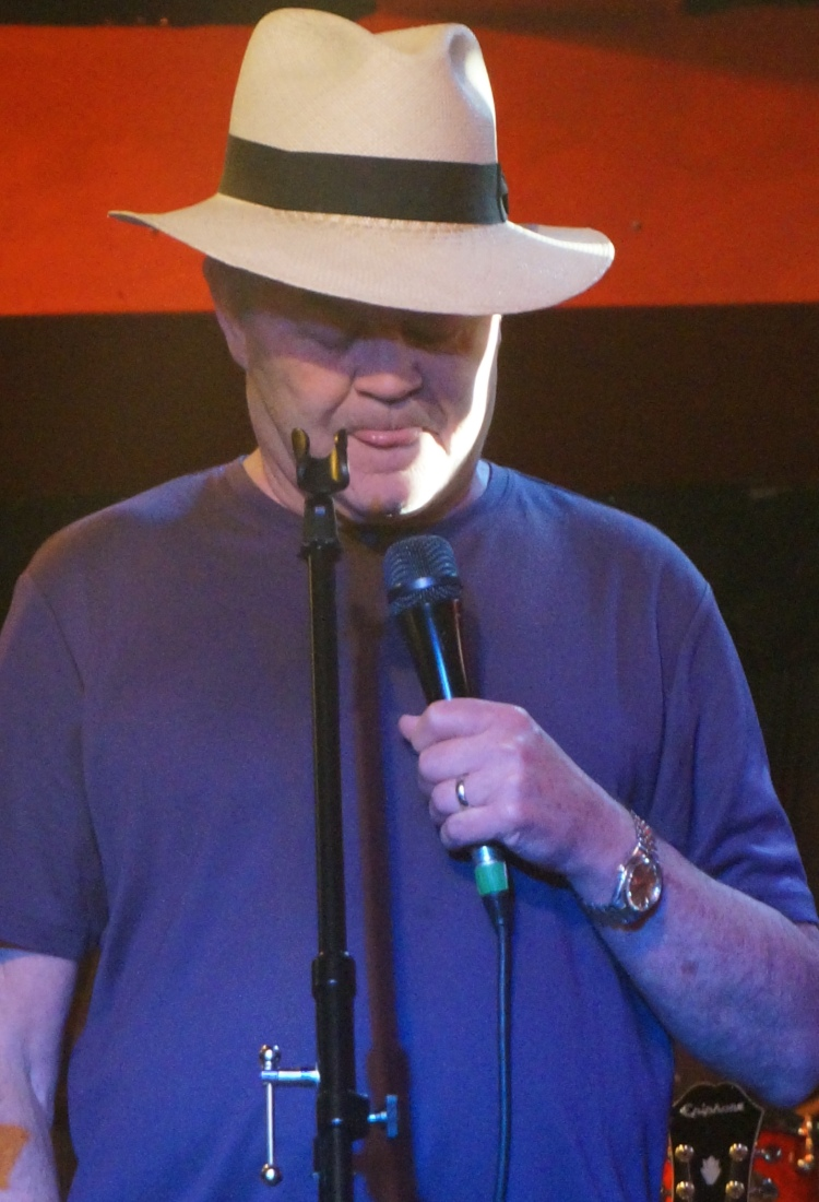 micky dolenz monkees around in career