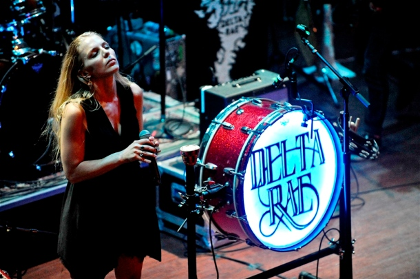 Delta Rae – World Cafe Live at the Queen – Wilmington, DE – August 29, 2015 - Photo copyright ©2015 Jim Rinaldi.