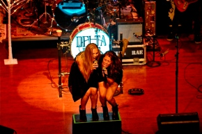 Delta Rae – World Cafe Live at the Queen – Wilmington, DE – August 29, 2015 (A PopEntertainment.com ConcertReview)