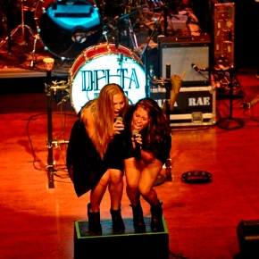 Delta Rae – World Cafe Live at the Queen – Wilmington, DE – August 29, 2015 (A PopEntertainment.com Concert Review)