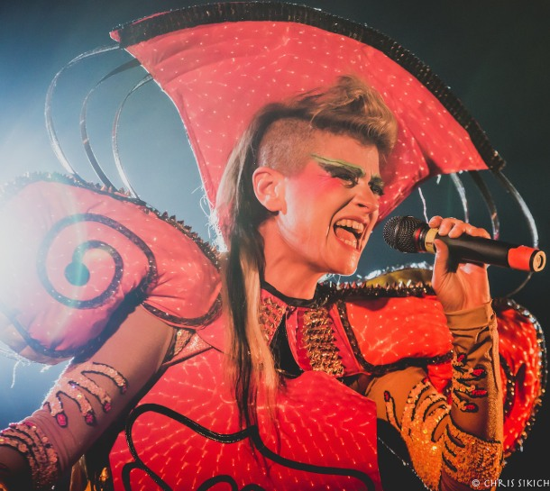 Peaches & Deap Vally – The Trocadero – Philadelphia, PA – October 25, 2015 - Photo copyright 2015 Chris Sikich.