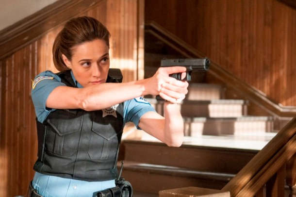 """CHICAGO P.D. -- """"Actual Physical Violence"""" Episode 303 -- Pictured: Marina Squerciati as Kim Burgess -- (Photo by: Matt Dinerstein/NBC)"""