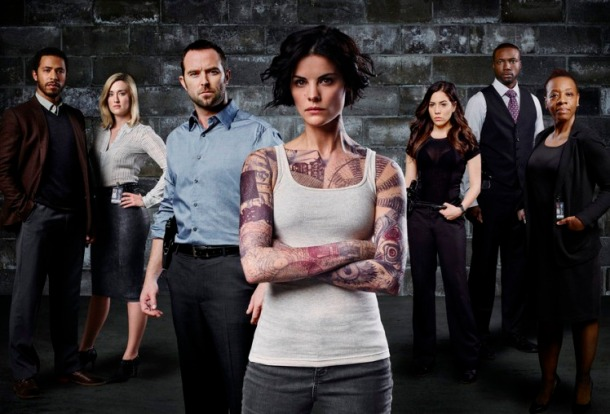 BLINDSPOT -- Season: Pilot -- Pictured: Ukweil Roach as Borden, Ashley Johnson as Patterson, Sullivan Stapleton as Kurt Weller, Jaimie Alexander as Jane Doe, Audrey Esparza as Tasha Zapata, Rob Brown as Edgar Ramirez, Marianne Jean-Baptiste as Bethany Mayfair -- (Photo by: Sandro/NBC)