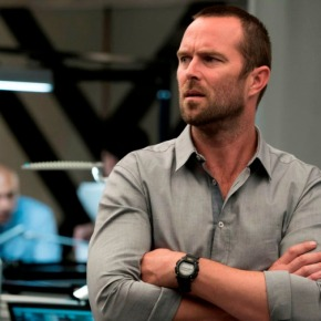 Sullivan Stapleton – Seeing Past His Blindspot