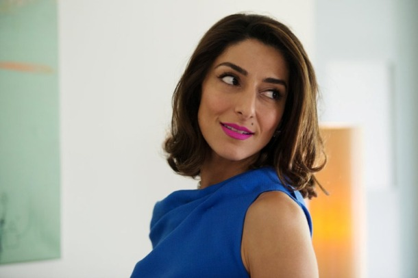 "GIRLFRIENDS' GUIDE TO DIVORCE --  ""Rule #77: Don't Blow the Bubble"" Episode 202 -- Pictured: Necar Zadegan as Delia -- (Photo by: Diyah Perah/Bravo)"