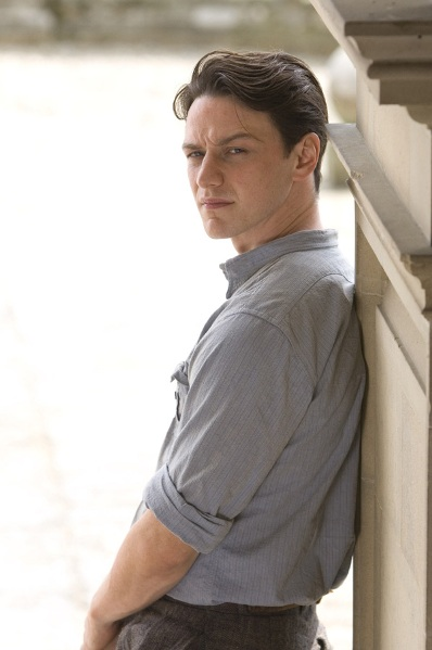 James McAvoy stars in ATONEMENT.