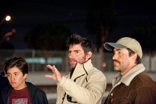 """Director Chris Weitz making """"A Better Life"""" with stars José Julián and Demián Bichir."""