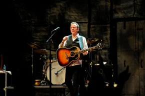 Kiefer Sutherland – World Café Live at The Queen – Wilmington, Delaware – May 11, 2016 (A PopEntertainment.com Concert Review)