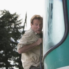 Robin Williams Takes a Wild Ride in RV