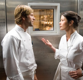 Catherine Zeta-Jones and Aaron Eckhart Show No Reservations For Fine Cuisine