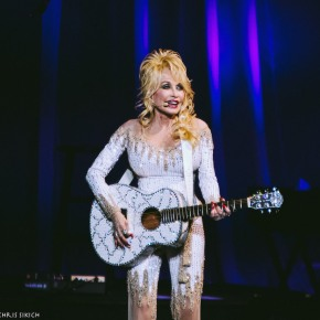 Dolly Parton – The Mann Center for the Performing Arts – Philadelphia, PA – June 15, 2016 (A PopEntertainment.com Concert PhotoGallery)