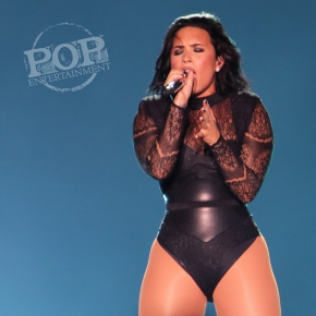 Demi Lovato and Nick Jonas – Hersheypark Stadium – Hershey, PA – July 16, 2016 (A PopEntertainment.com Concert PhotoAlbum)