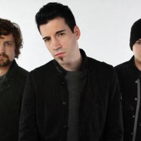 Theory of a Deadman – Definitely Meant to Be