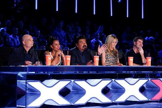 "Howie Mandel, Mel B, George Lopez, Heidi Klum and Simon Cowell on ""America's Got Talent."""
