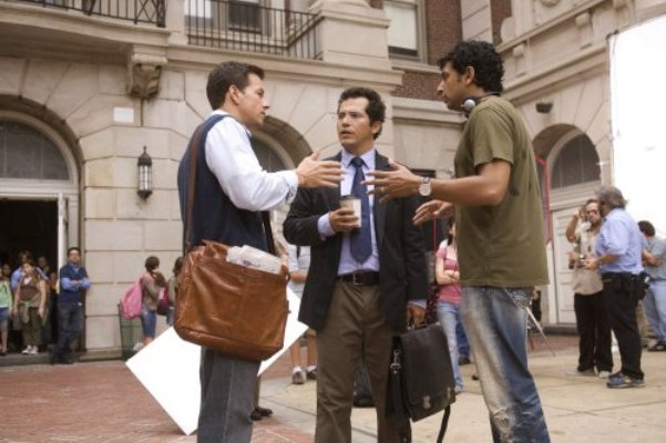 "Mark Wahlberg, John Leguizamo and M. Night Shyamalan filming ""The Happening."""