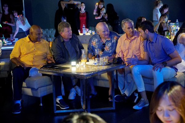 "BETTER LATE THAN NEVER -- ""Seoul"" Episode 103 -- Pictured: (l-r) George Foreman, William Shatner, Terry Bradshaw, Henry Winkler, Jeff Dye -- (Photo by: Paul Drinkwater/NBC)"