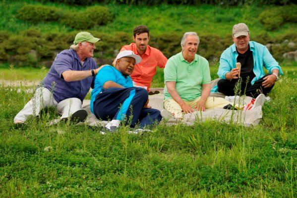 "BETTER LATE THAN NEVER -- ""Seoul"" Episode 103 -- Pictured: (l-r) Terry Bradshaw, George Foreman, Jeff Dye, Henry Winkler, William Shatner -- (Photo by: Paul Drinkwater/NBC)"