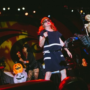 The B-52's Halloween Bash – The Fillmore – Philadelphia, PA – October 30, 2016 (A PopEntertainment.com Concert PhotoAlbum)
