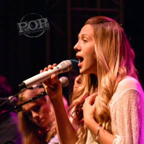 Colbie Caillat – The Keswick Theatre – Glenside, Pennsylvania – October 28, 2016 (A PopEntertainment.com Concert Photo Album)
