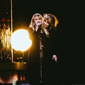 Stevie Nicks & The Pretenders – Wells Fargo Center – Philadelphia, PA – November 20, 2016 (A PopEntertainment.com Concert Photo Album)