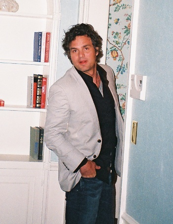 Mark Ruffalo at the Waldorf-Astoria Hotel in New York for 'The Kids Are All Right' press day 6/30/10.