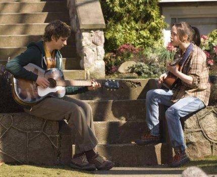 """Michael Cera and Ellen Page in """"Juno"""""""