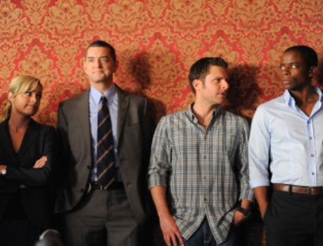 "Maggie Lawson, Timothy Omundson, James Roday and Dulé Hill in ""Psych."""