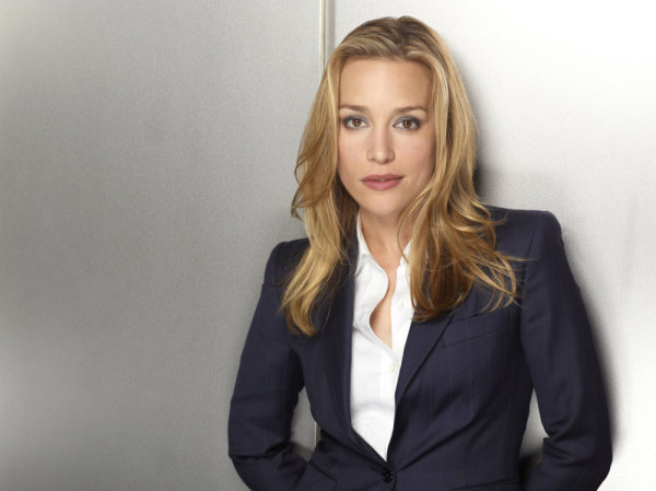 ec48e73826 COVERT AFFAIRS -- Season 1 -- Pictured  Piper Perabo as Annie Walker