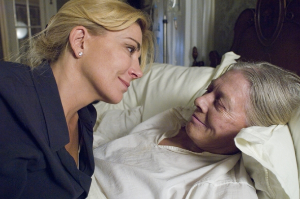 "Natasha Richardson and Vanessa Redgrave star in ""Evening."""