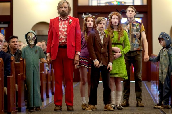 "Viggo Mortensen and the cast of ""Captain Fantastic."""