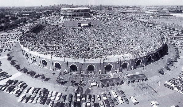 Yes at JFK Stadium 1976