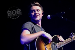 Niall Horan – The Fillmore – Philadelphia, PA – October 29, 2017 (A PopEntertainment.com Concert Photo Album)