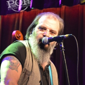 Steve Earle & the Dukes – Ardmore Music Hall – Ardmore, PA – December 5, 2017 (A PopEntertainment.com Concert Photo Album)