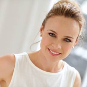 Tami Stronach – The Childlike Empress Has Grown Up But is Still Neverending