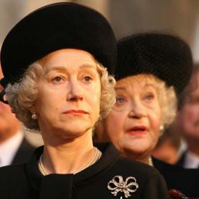 Helen Mirren Presents a Queenly Performance