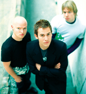 Lifehouse – Hanging on theCharts