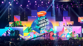 On the Orange Carpet at the 2019 Kids Choice Awards!