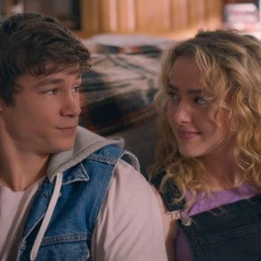 Kathryn Newton and Kyle Allen – The World is Full of Tiny PerfectThings